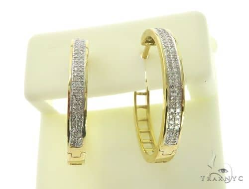 14K Yellow Gold Diamond Stud Round Earrings. 63407 Stone