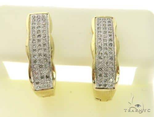 14K Yellow Gold Micro Pave Diamond Stud Rectangle Earrings. 63408 Stone