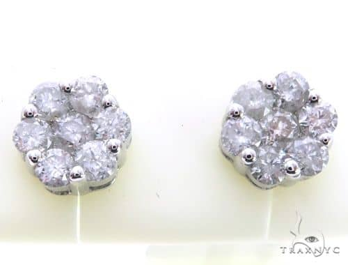 14K White Gold Diamond Flower Earrings. 63409 Stone