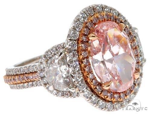 Oval Cut Fancy Pink Diamond Halo Engagement Ring エンゲージメント