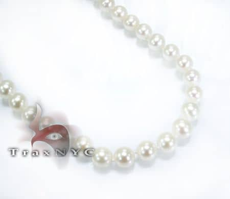 White Pearl Necklace 3 Pearl