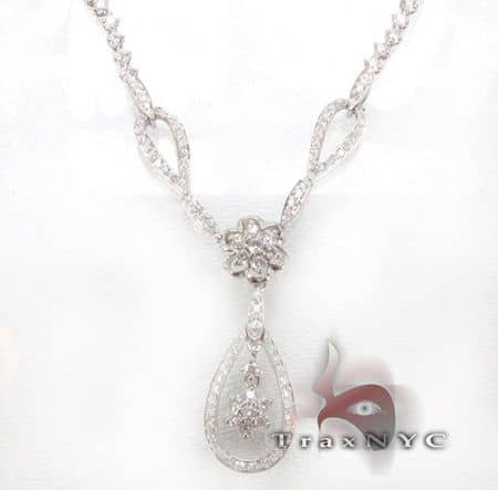 Lock Necklace Diamond