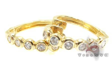 YG Ladies Taz Earrings Stone