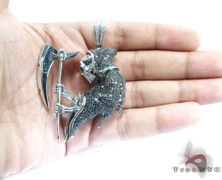 Black Diamond Death Pendant Metal