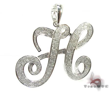 Curvy H Pendant Metal
