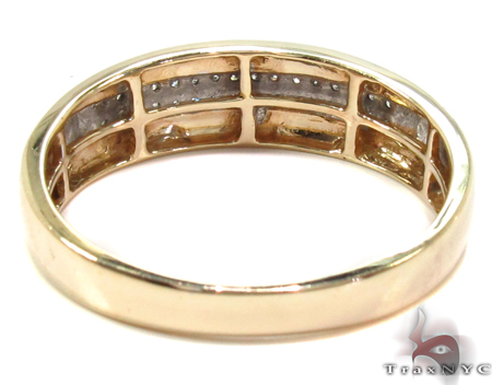 Yellow Gold Men Engagement Ring Style