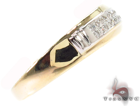 Creative Yellow Gold Men Engagement Ring Style