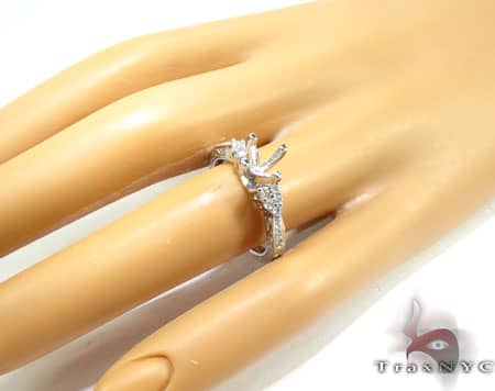 WG Clarabelle Semi-Mount Ring Engagement