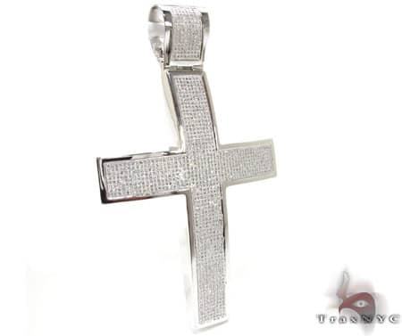 XL Pave 14K Cross Diamond