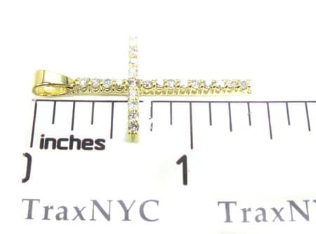 Round Cut Diamond Cross 4 Stone