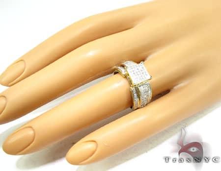 Ladies Chrystler Ring Engagement