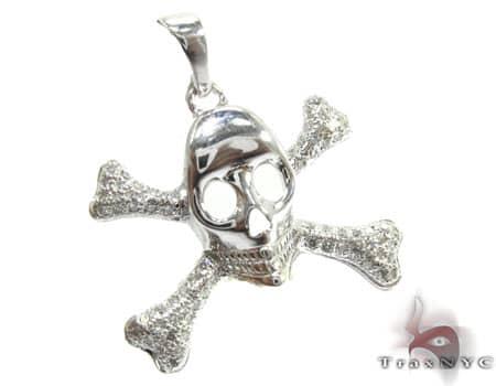 Skull & Crossbones Pendant Metal