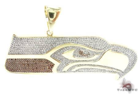 Seahawk Pendant Metal
