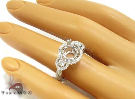 Diamond Outline Semi Mount Ring Engagement