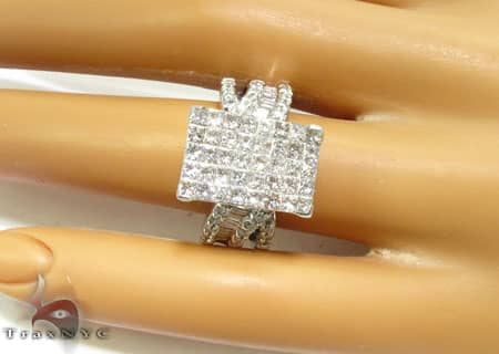 Spectacular Ring Engagement