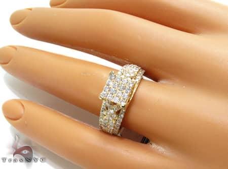 YG Tia Ring Engagement