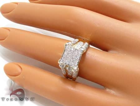 10K Yellow Gold Diamond Triumph Ring Engagement