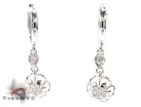 WG Flower Chandelier Earrings Stone