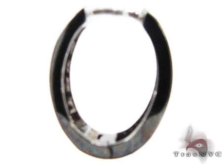 Black 3 Row Prong Earrings Style