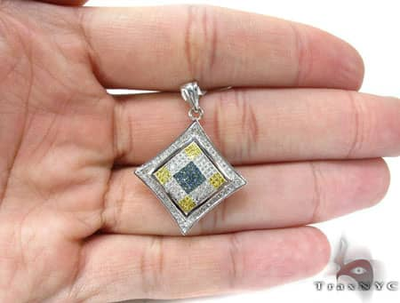 Tri Color SQ Pendant Metal