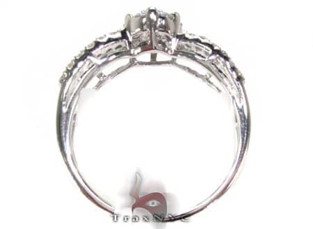 Ladies Stunner Ring 2 Engagement