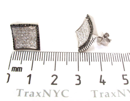 14K Gold Balck and White Diamond Karan Earrings 25572 Stone