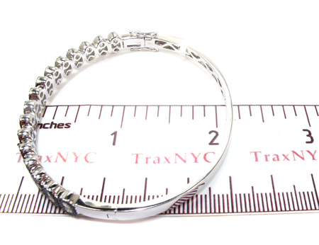 14K Gold Black and White Diamond Bangle Bracelet 25425 Diamond