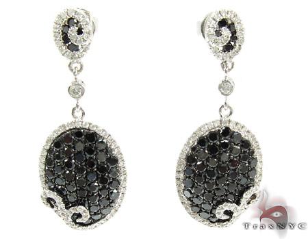 14K Gold Black and White Diamond Chandelier Earrings 25575