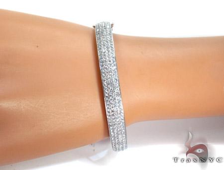 14K Gold Diamond 4 Row Bangle Bracelet 25424 Diamond