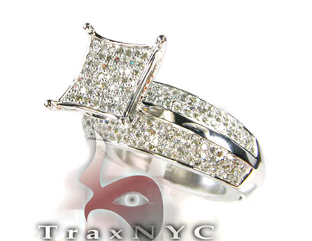 14K White Gold  & Diamond Pave Edge Ring Engagement