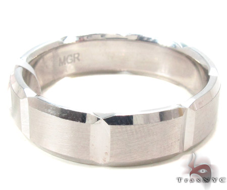 14K White Gold Wedding Band 33679 Style