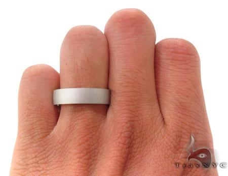 14K White Gold Wedding Band 33682 Style