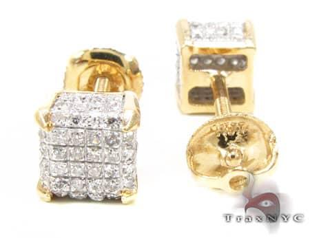 YG Cube Earrings Stone