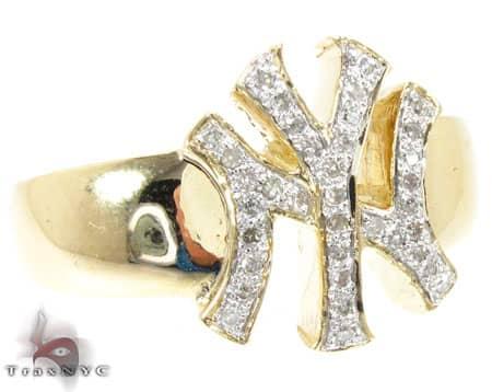 YG Yankees Ring Stone