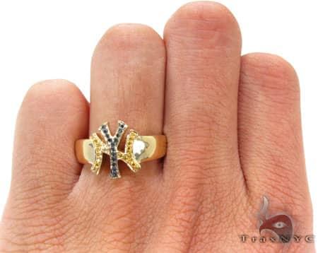 YG Canary & Black Yankees Ring Stone