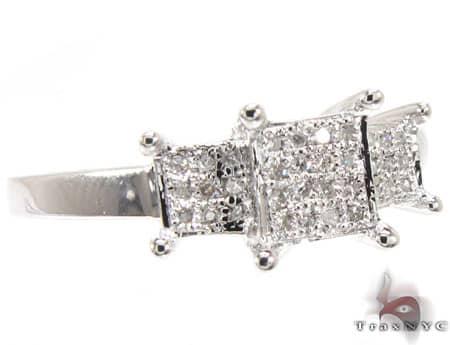 WG Lola Ring Engagement