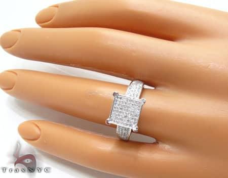 WG Glamour Ring Anniversary/Fashion