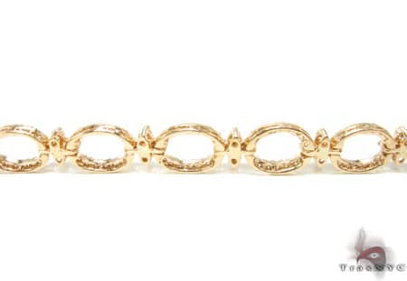 YG Queen Links Bracelet Diamond