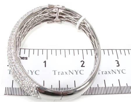 Infinity Bangle 2 Diamond