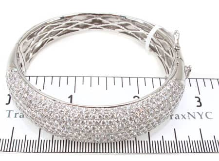 Infinity Bangle 2 Diamond