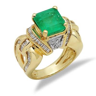 solitaire princess cut emerald large gemstone ring