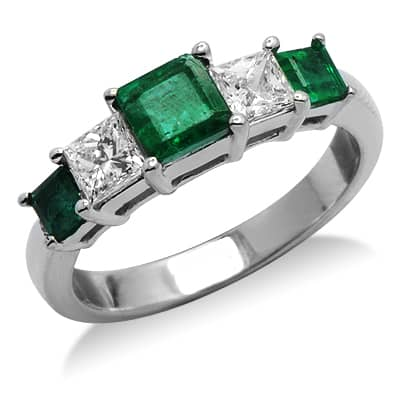 princess cut emerald gemstone ring in white gold 17208
