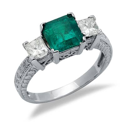 solitaire princess cut emerald gemstone ring in