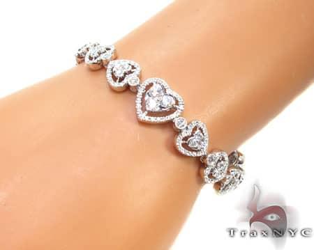 Hearts Galore Bracelet Diamond
