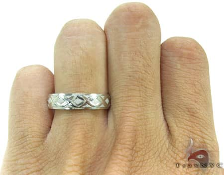 White Gold Criss Cross Ring Style