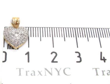 Yellow Gold Little Heart Pendant 3 Stone