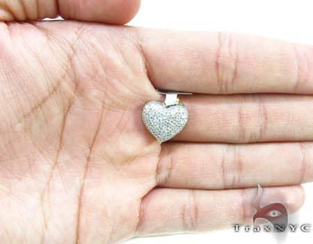 Yellow Gold Little Heart Pendant 4 Stone