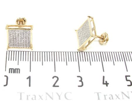 Yellow Gold Warrior Earrings 3 Stone