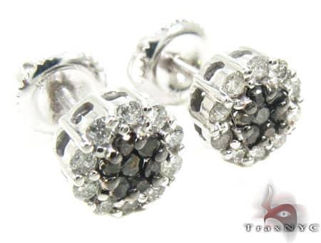 Black and White Flower Cluster Earrings Stone