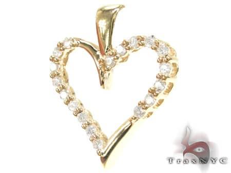 Golden Joy Heart Pendant Style